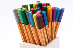 come togliere macchie di pennarello